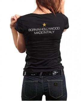T-Shirt donna 'Born in Hollywood' <p>T-shirt donna 'Born in Hollywood, made in Italy', 100% cotone.<br /> Prima edizione limitata </p>  LR WONDER COMPANY