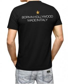T-Shirt donna 'Born in Hollywood' <p>T-shirt donna 'Born in Hollywood, made in Italy', 100% cotone.<br /> Prima edizione limitata</p> LR WONDER COMPANY